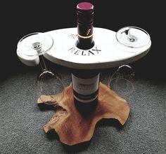 Een origineel kado geschikt voor speciale gelegenheden. De duo wijnglashouder is gemaakt van mdf, vervolgens geverfd en gelakt in landelijke stijl. De glazen kunnen gegraveerd worden in een door jou bedachte tekst of logo. Ook de houder zelf kan naar wens worden voorzien van tekst of logo of geleverd worden in een andere kleur. (Prijs geldt voor houder incl. wijnglazen en basis gravure) Table, Furniture, Home Decor, Seeds, Decoration Home, Room Decor, Tables, Home Furnishings, Home Interior Design