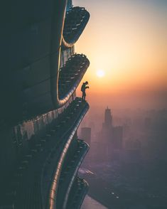 Stunning Rooftop Shots From Skyscrapers of Shanghai by Oliver Shou #inspiration #photography Opera House, Spaceship, Sydney, Sci Fi, Rock Bottom, Space Ship, Science Fiction, Spaceships, Opera