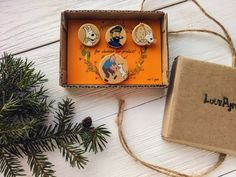 Wooden brooches The Adventures of Tintin Snowy and от LovePyramid