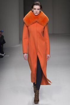 Salvatore Ferragamo Fall 2017 Ready-to-Wear Collection Photos - Vogue Fashion 2017, Couture Fashion, High Fashion, Winter Fashion, Fashion Show, Womens Fashion, Fashion Trends, Milan Fashion, Salvatore Ferragamo