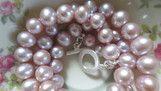 Süsswasserperlenkette mit Silberschliesse auf Seide Pearls, Silk, Silver, Bracelet, Schmuck, Nice Asses, Beads, Beading, Pearl