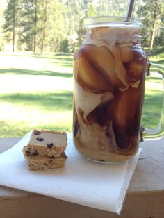 THM Samoas Iced Coffee Brewed coffee (can be chocolate flavored or plain) 1/2 - 1 tsp coconut extract 1/2 - 1 tsp caramel extract Vanilla stevia to taste 2 Tbl of half & half (or to taste) 2 Tbl Collagen for protein --------------------------------- Mix all together and pour over ice! THM-S (Someone mentioned putting cocoa powder with the coffee grounds when brewing for a chocolate flavor - that may work, but I haven't trie it! )