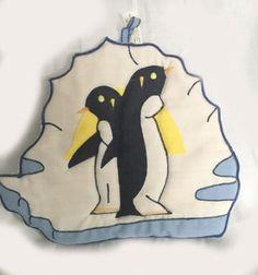 """Vintage Penguin Potholder (6"""" x 7"""")"""