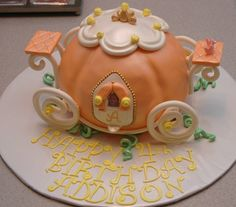 Taras Cupcakes: Pumpkin Carriage Cake for a special Princess