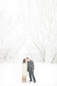 I would love to do a snow photoshoot - photography by Canary Grey Photography at www.greylikesweddings.com