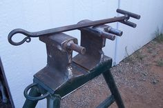 April Wtzke's Tool, her and her hubby call it a Hardin Bender after a forge/fabricator in Holbrook, AZ.
