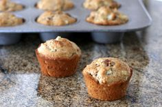 Delicious Apple Muffins With a Secret Ingredient: Apple Bacon Muffins Bacon Recipes, Muffin Recipes, Brunch Recipes, Apple Recipes, Bread Recipes, Dinner Recipes, Breakfast Dishes, Breakfast Recipes, Sweet Breakfast