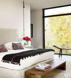 Visit a 19th-century Greenwich Village townhouse reimagined by architect Robert A.M. Stern Lisa and James Cohen's New York City home is flush with Art Deco–inspired glamourActress Ellen Pompeo collaborates with decorator Martyn Lawrence Bullard to transform a 1930 Los Angeles villaJewelry designer Ippolita Rostagno creates a Brooklyn home infused with her signature style