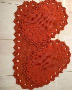 Crochet Hats, Blanket, Diana, Crochet Carpet, Crochet Crocodile Stitch, Crochet Curtain Pattern, Bathroom Mat Sets, Trapper Keeper, Needlepoint