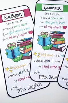 Need a quick and easy back to school student gift? Editable welcome back to school bookmarks are perfect to gift to students on the first day of school or at your meet the teacher night or on open house night! Cheap and easy to personalize! Just click to edit names, print, and laminate! Student Welcome Gifts, Student Teacher Gifts, Welcome Students, Welcome Back To School, Meet The Teacher, Back To School Gifts, School Teacher, Teaching Phonics, Teaching Kindergarten