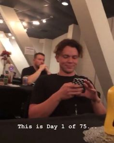 5 Seconds of Summer - - 5sos Luke, 1d And 5sos, 5sos Imagines Luke, Calum 5sos, 5sos Funny, 5sos Memes, 5sos Facts, Celebrity Travel, Celebrity News