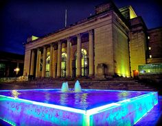 Fancy attending a concert or a gig? Check out the programme of events at Sheffield City Hall. Sheffield Art, Sheffield Steel, Cities In Uk, Best Cities, South Yorkshire, Yorkshire England, Happy City, Derbyshire, City Break