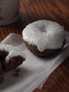 Mini Sparkle Doughnuts. FTLOG, will Starbucks please, please, please introduce these in their Dutch shops too?