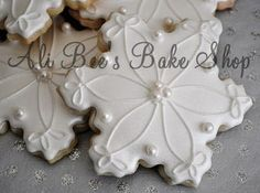 Ali Bee's Bake Shop: Let It Snow! Let It Snow! Let It...
