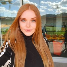 12 women nirvana caramel color color Caramel hair colors look great and are very popular! In our opinion, the color of the caramel hair is one of the most … Ginger Hair Color, Hair Color Caramel, Red Hair Color, Hair Color Balayage, Ombre Hair, Hair Colors, Ginger Blonde Hair, Red Orange Hair, Costume Noir