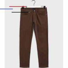 #easycostumesformen - Unsere Tapered Satin Jeans ist bequem und dabei durch den schicken, glänzenden Stoff besonders raffiniert. Diese elegante Herren-Jeans von Gant behalten dank des Stretch-Anteils ihre Passform, wodurch Sie diese Hose überall hin begleiten wird. Die stückgefärbte Veredelung sorgt für den Used Look, um Ihrem Wochenend-Outfit ganz einfach das besondere Etwas zu verleihen. Baumwoll-Satin-Mischgewebe mit Stretch-Anteil Mittelhohe Taille, schmal zulaufendes Bein Mit… Flat Twist Out, Funny Costumes, Easy Halloween Costumes, Afro Punk, Protective Styles, Blonder Afro, Zombie Makeup Easy, Mens Halloween Shirts, Union Suit Pajamas
