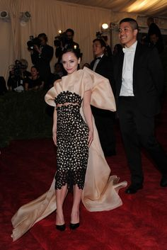 I'm loving this feminine modern take on a gala gown. Christina Ricci in Thakoon with the designer.