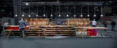 Messestand des Girsberger Massivholzhandels bei der Messe Holz 19 in Basel - Standdesign  Schreinerträume werden wahr  #girsberger #girsbergermassivholz #massivholz #massivholzhandel #möbelholz #standdesign #messestand #holz19 #fairstand #ulme #nussbaum #eiche #esche #swissdesign  Standdesign & Fotos: André Bolliger