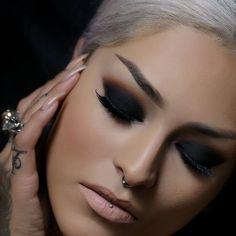 make-up eye makeup Makeup Inspo, Makeup Inspiration, Makeup Tips, Makeup Ideas, Makeup Trends, Nail Ideas, Style Inspiration, Beauty Make Up, My Beauty