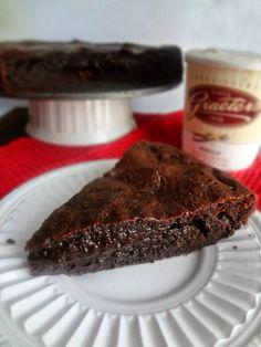 The Cooking Actress: Flourless Chocolate Peanut Butter Cake