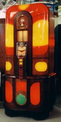 Colorful jukebox. #music #jukebox #vintageaudio http://www.pinterest.com/TheHitman14/ghosts-of-audios-past/