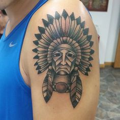 100+ Great American Traditional Tattoo Designs and Ideas Check more at http://tattoo-journal.com/50-great-american-traditional-tattoo-designs-and-ideas/