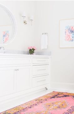 Browse bathroom decor inspiration and accessories on Domino for bathroom decorating ideas that fit every style and budget. The bathroom may be a small space—but it can have big style. Home Luxury, Glamour Decor, Scandinavian Interior, Beautiful Bathrooms, Furniture Decor, Bedroom Furniture, Decoration, Room Decor, Interior Design