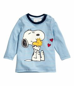 Love the Snoopy shirt Peanuts Gang, Charlie Brown, Woodstock, Beagle, Baby Boy Outfits, Kids Outfits, Kids Girls, Baby Kids, Snoopy Shirt