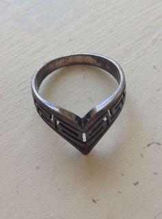 Vintage arrowhead ring.