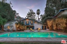 Cary Grant's 19th-century Andalusian farmhouse, Palm Springs haven for Hollywood luminaries https://www.openlistings.com/p/928-north-avenida-palmas-palm-springs-ca-92262