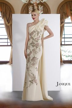 0934f90841914 Janique JQ3804 Amanda-Lina's Woodbridge Ontario Say Yes to the Dress Canada