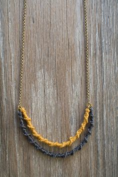 macrame necklace - simple twist