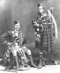 Pipe Maj. Mackenzie and Ross, 78th.