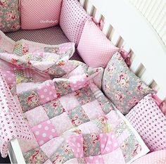Cuna Emma Baby Duvet, Baby Crib Bedding, Baby Bedroom, Baby Room Decor, Baby Nest Bed, Baby Corner, Baby Swag, Baby Sewing Projects, Baby Crafts
