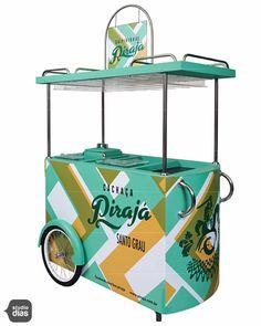 Carrinho de Bebidas Vendor Cart, Ice Cream Business, Velo Cargo, Coffee Van, Street Coffee, Photo Zone, Drink Cart, Pub Decor, Coffee Carts