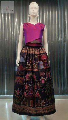 Thai Traditional Dress, Traditional Fashion, Traditional Outfits, Batik Dress, Silk Dress, Western Dresses, Indian Dresses, Maxi Skirt Outfits, Batik Fashion