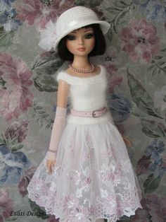 Ellowyne OOAK Outfit by *evati* via eBay SOLD 5/11/14   $152.50