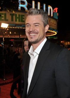 Eric Dane at an event for Marley & Me Mark Sloan, Marley And Me, The Last Ship, Eric Dane, Medical Drama, Good Looking Men, Greys Anatomy, American Actors, Burlesque