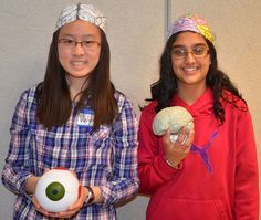 Teen volunteers at the Asburn library's Brain Awareness Day 2014. Photo courtesy of Ashburn Library