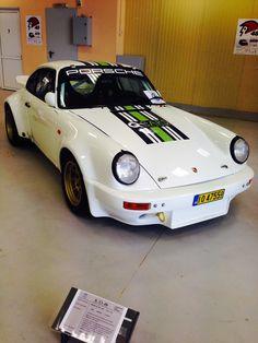 1976 Porsche 911 RSR  3000cc, 300hp