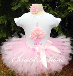 First birthday tutu set--Baby Girl 1st Birthday Petti Tutu Outfit--3D Cupcake--Personalized--Party Outfit