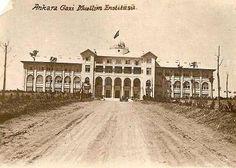 Ankara Gazi Muallim Mektebi (Gazi Eğitim Enstitüsü) (1933) Old City, Once Upon A Time, Ankara, Istanbul, Louvre, History, Architecture, Building, Travel