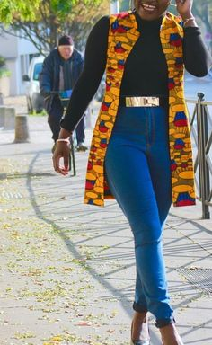 Afrikanische Mode Ankara kimono Styles Ankara kimono Styles Just b African Fashion Ankara, Latest African Fashion Dresses, African Dresses For Women, African Print Dresses, African Print Fashion, African Attire, African Clothes, Modern African Fashion, African Style Clothing