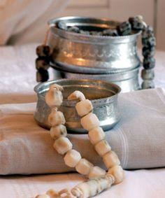 zeep en scrub - Ottomania. Nu ook te verkrijgen bij Sfeer & Smaak op http://www.sfeersmaak.be/webshop-sfeer/zepen/