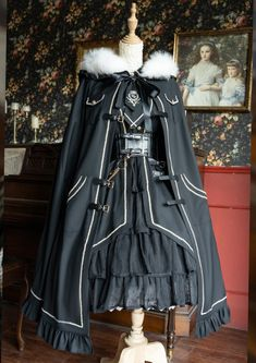 Cosplay Dress, Cosplay Outfits, Edgy Outfits, Mode Outfits, Pretty Outfits, Pretty Dresses, Kawaii Fashion, Lolita Fashion, Old Fashion Dresses