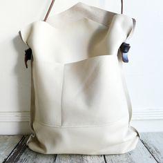 Image of mail bag - mitered