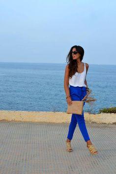 mucho azul , mucha buena moda ... colombia .