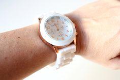 Ecléctica - Complementos de moda para estar a la última: Reloj Blanco. Ref: RLJ-004