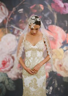 Gold lace wedding dress by Claire Pettibone #wedding #dress #notwhite #colourful #alternative #gold