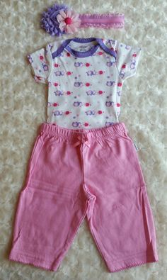 This set include the Onsie, Pants, and Headband. THE SHOES ARE NOT INCLUDED…
